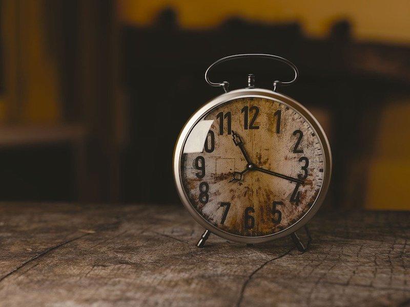 Menggapai Keberkahan Nikmat Waktu